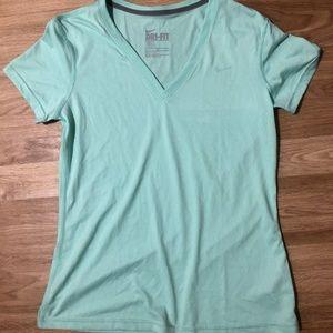 Nike DriFit T-Shirt Large